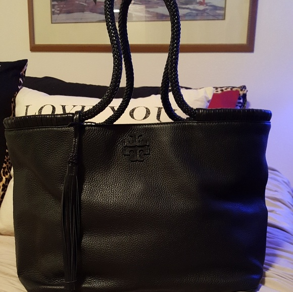 5757d5fdf9e0 OFFERS! Tory Burch Taylor Tote. M 5a45a2bfd39ca21d990f392d